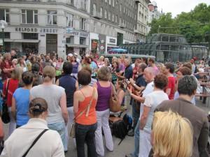 Healingsongs am Schwedenplatz